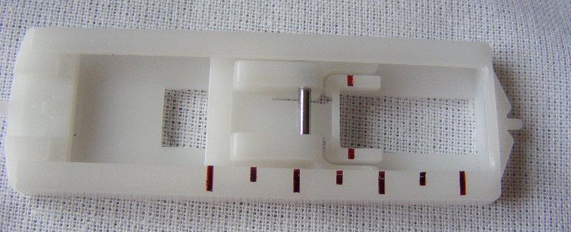 Piciorus pentru coaserea butonierelor