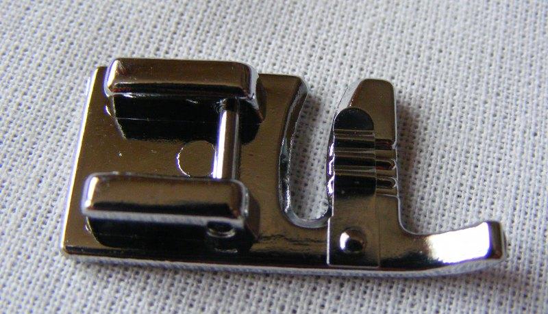 Picioruş cusut 3 şnururi